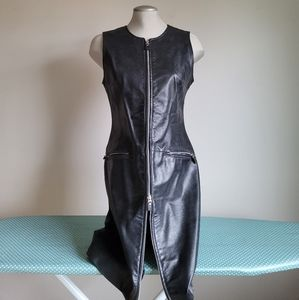 Danier black leather mini gogo zip up dress